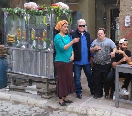 صورة حسين فهمي يتابع تصوير مسلسل السر