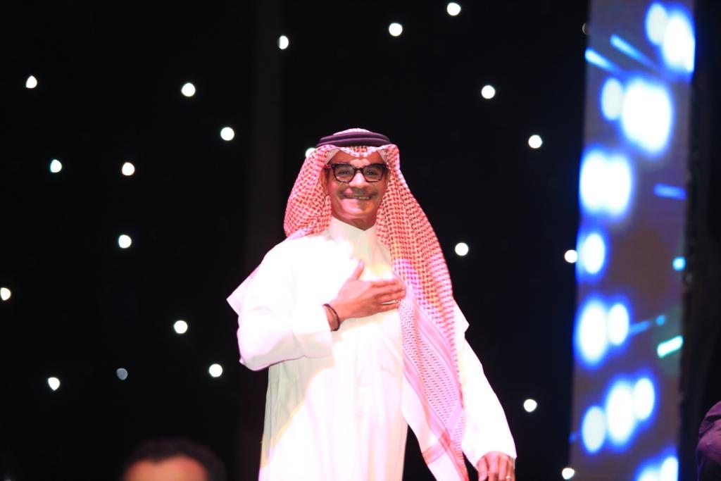 """صورة في سهرة سعودية مكتملة العدد اكدت على نجاحات """"بو صقر"""" ماذا دار بين رابح صقر وداليا مبارك في حفل """"روتانا"""" بدبي"""