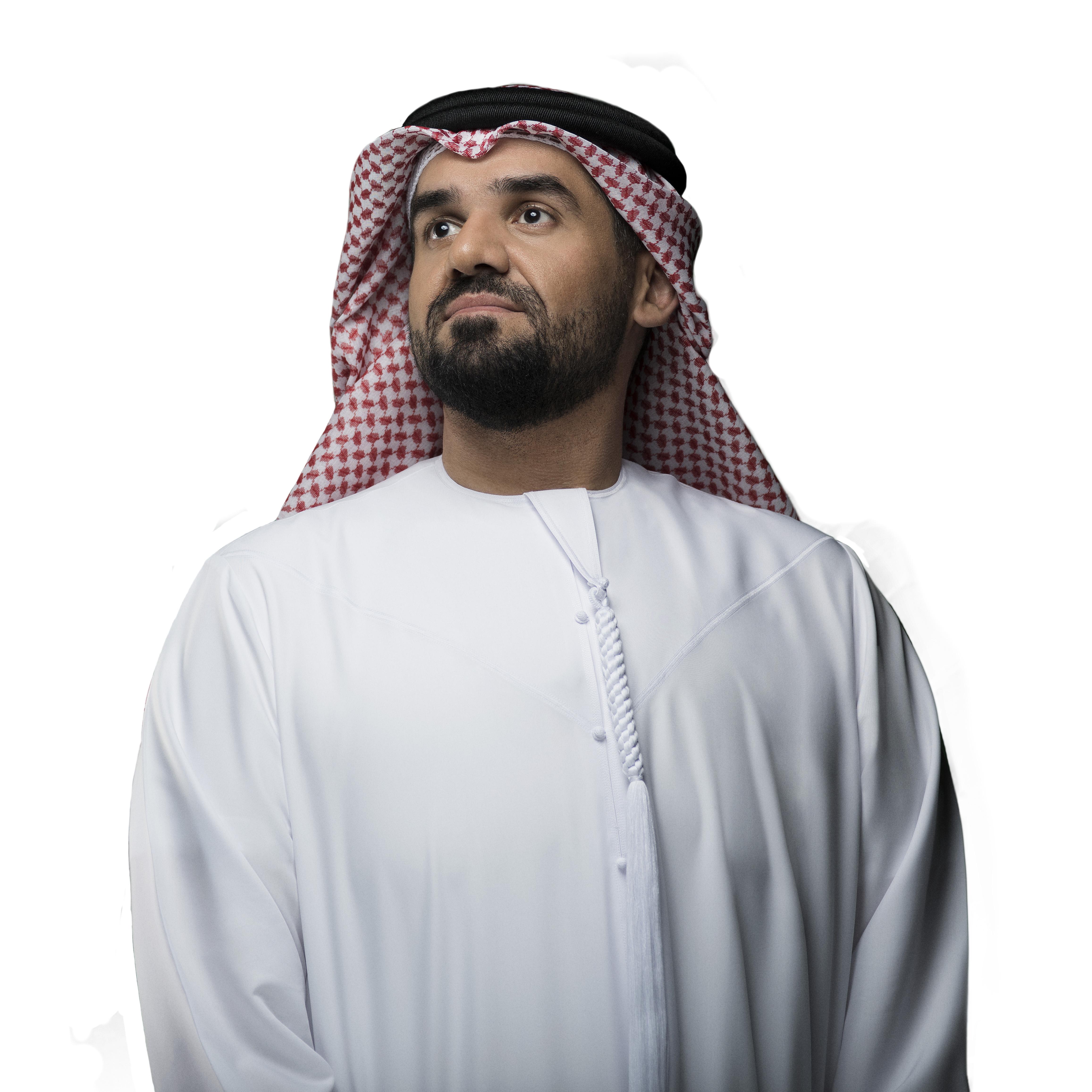 صورة حسين الجسمي يعايد الجمهور السعودي في الرياض