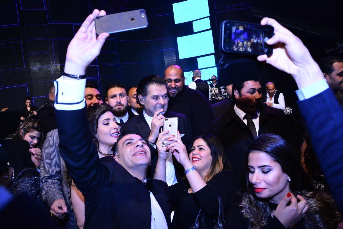 صورة استقبال أسطوري للسوبر ستار راغب علامة في القاهرة  بعد نجاح كبير في لندن ليلة رأس السنة