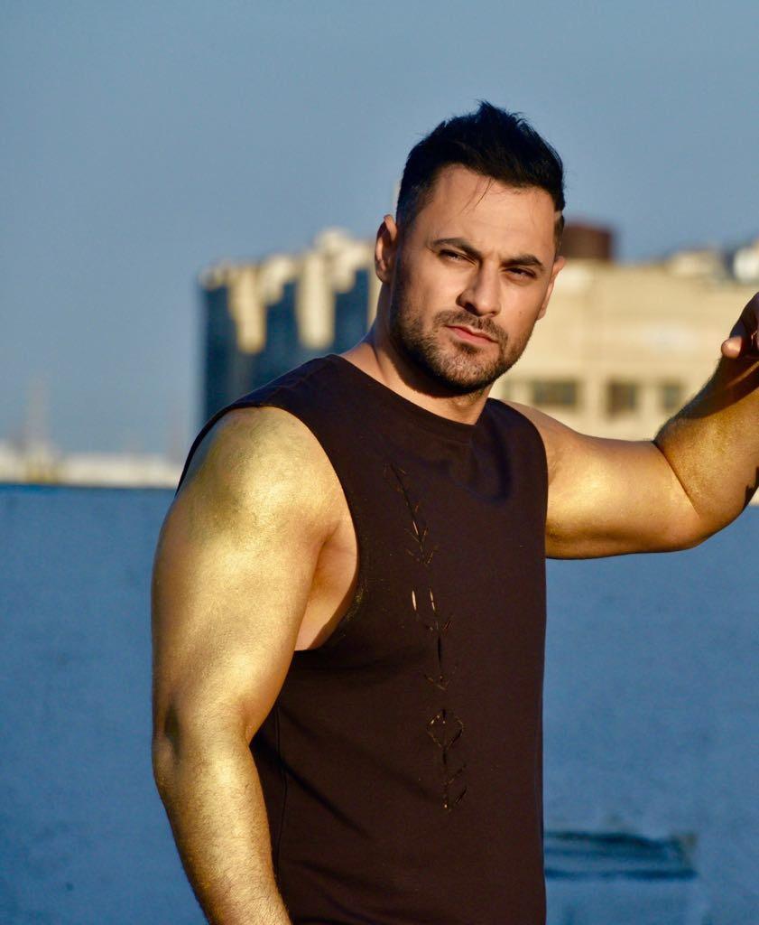 صورة هادي أسود في قفزة عربية أميركية روسية أوكرانية …