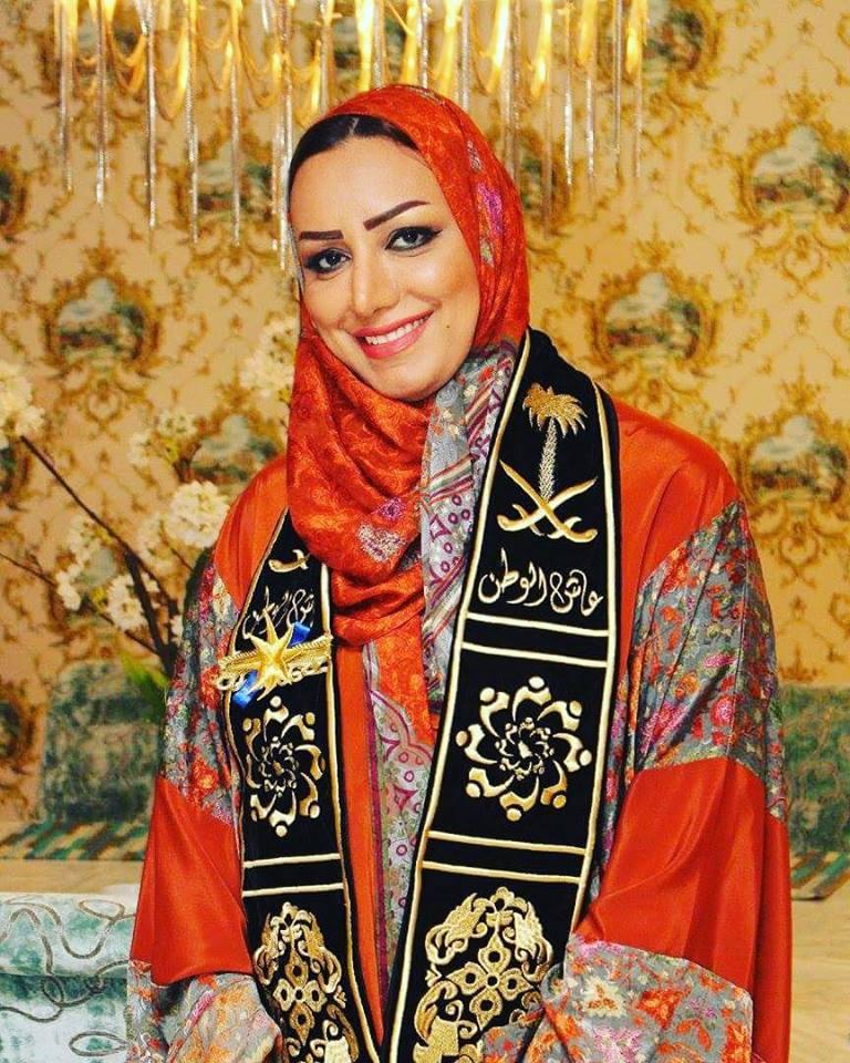 صورة الدكتورة عبير خليل تخلف الامير الوليد بن طلال في رئاسة ملتقى الإعلاميين الشباب العرب