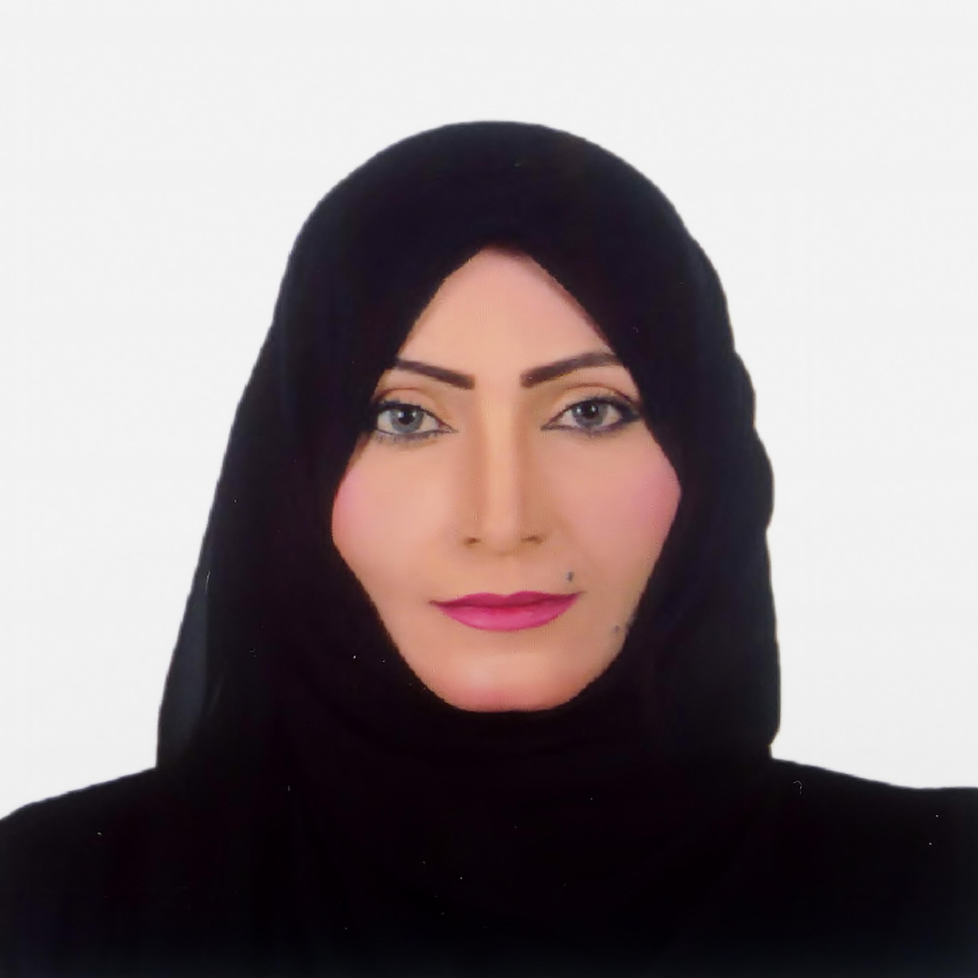 صورة هدى الدهماني رئيساً تنفيذياً للسعادة في جمعية الفجيرة الثقافية