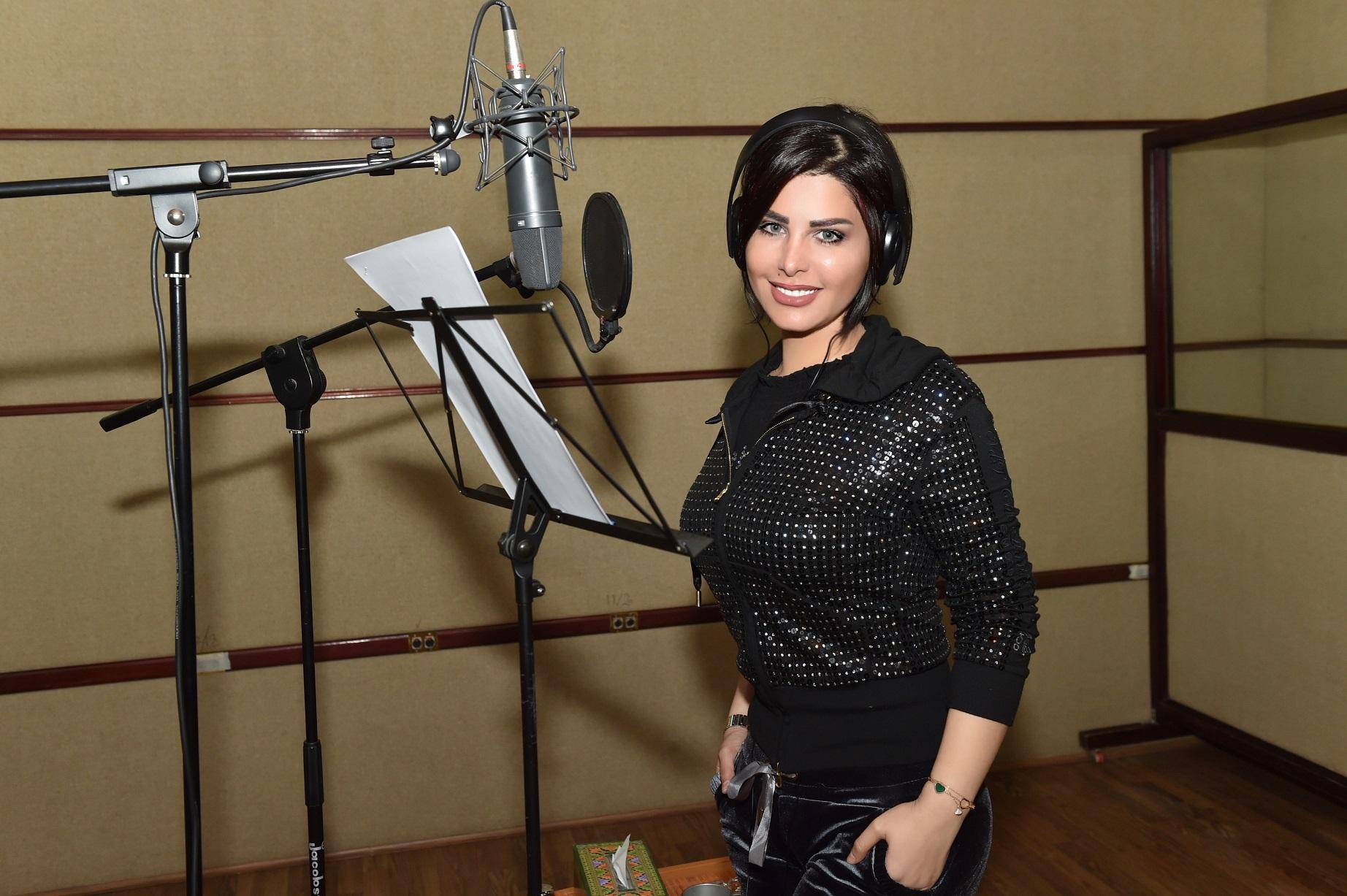 صورة شمس الكويتية تسجل 3 اغنيات جديدة