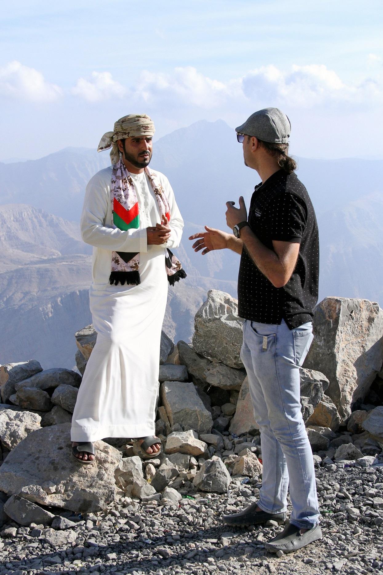 صورة الفنان الاماراتي عبد الله الكيبالي يعود الى الغناء بأغنية وطنية اماراتية