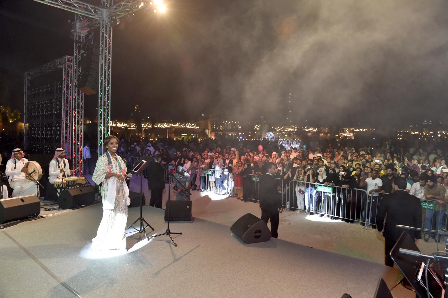 صورة بالصور : نجاح حفلات نجوم الخليج بمناسبة العيد الوطني لدولة الامارات العربية المتحدة