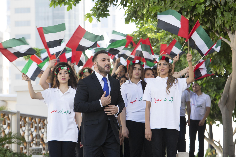 """صورة قيس هشام: نحتفل كعراقيين باليوم الوطني الإماراتي بأوبريت """"الإمارات نحبها"""""""