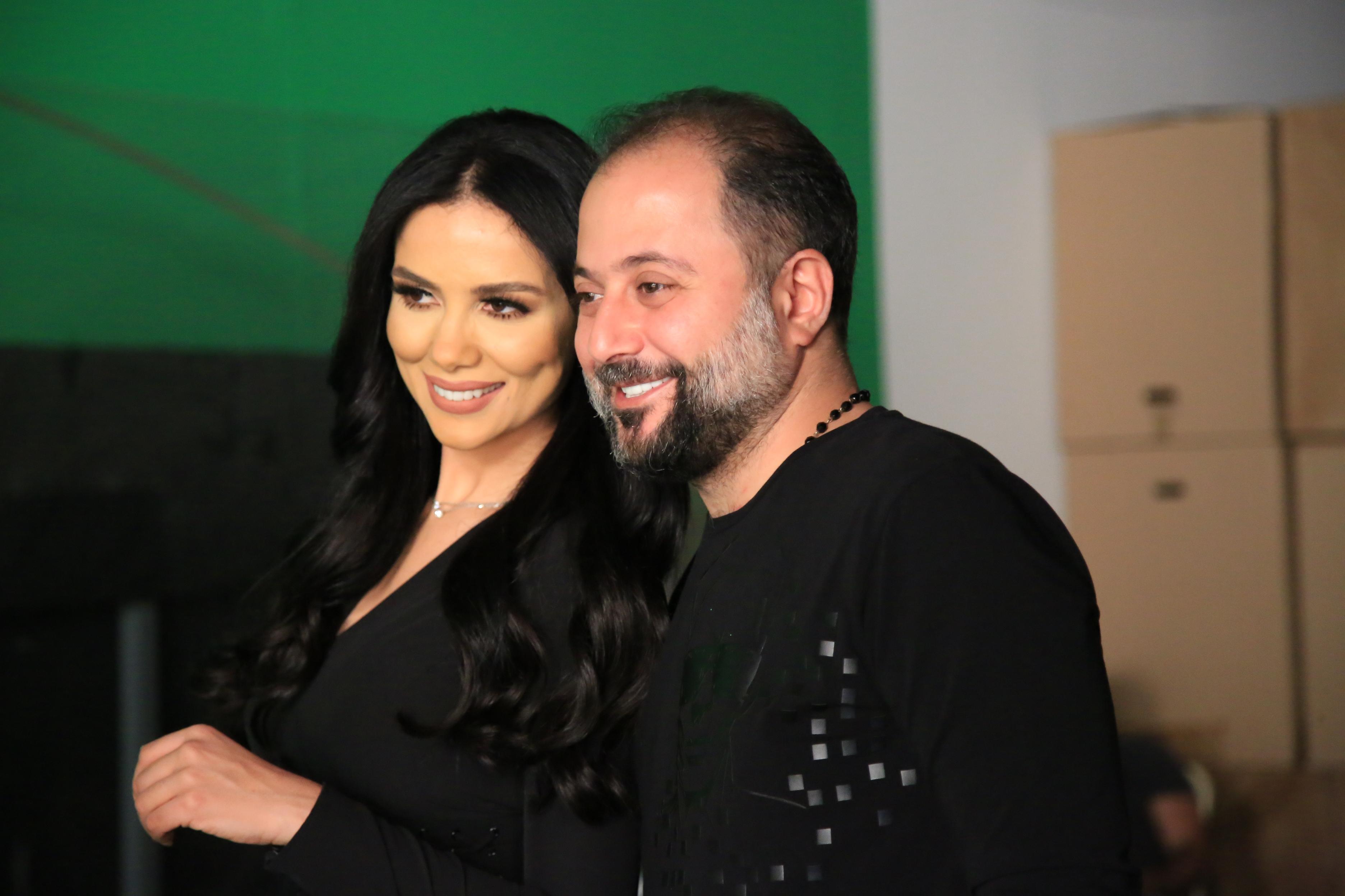 صورة علاء الأنصاري، في بيروت مع شيماء الهلالي وألماز …