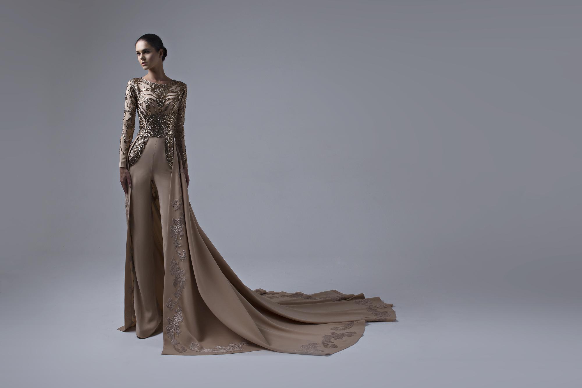 صورة أنجلينا تطلق تصاميم شتاء وخريف 2016  وتصرح اتمنى  أن ترتدي الملكة رانيا من تصاميمي