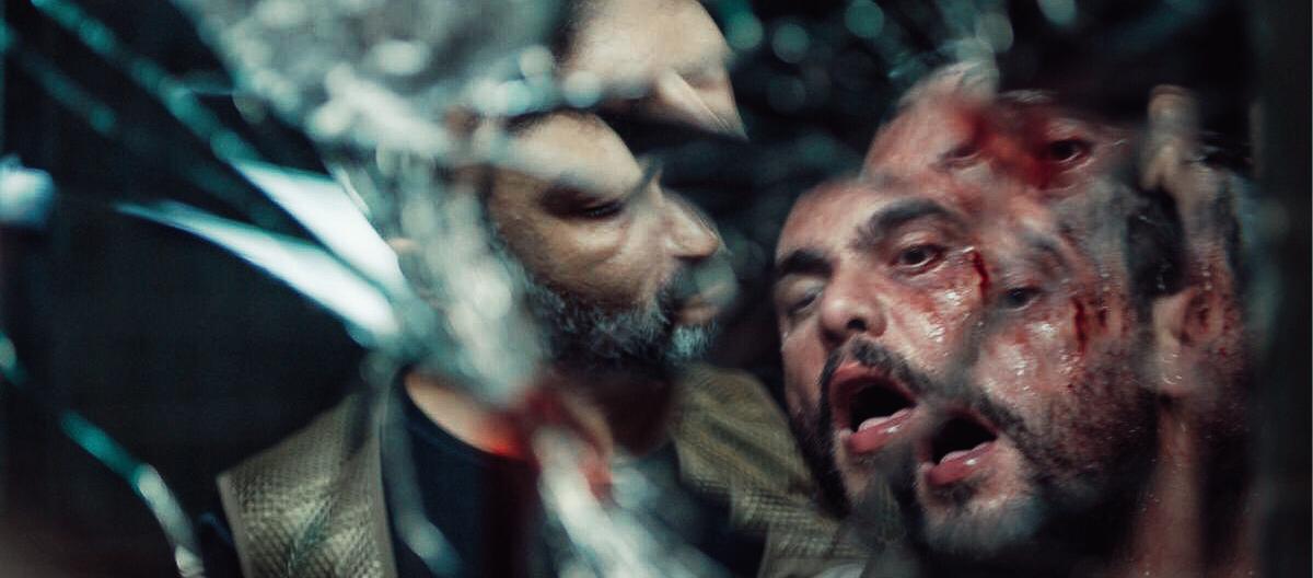 صورة سوبر مان ونجوم الامارات والوطن العربي بمسلسل المنصة