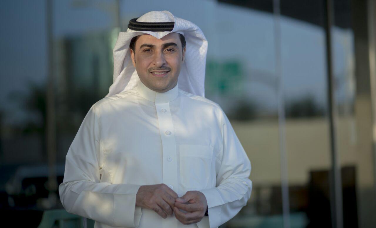 صورة خالد المريخي وعلي الخوار وماجد الخاطري في أمسية الرياض في يوم الامارات