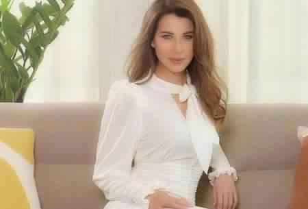 صورة نانسي عجرم وصورة تثير الجدل