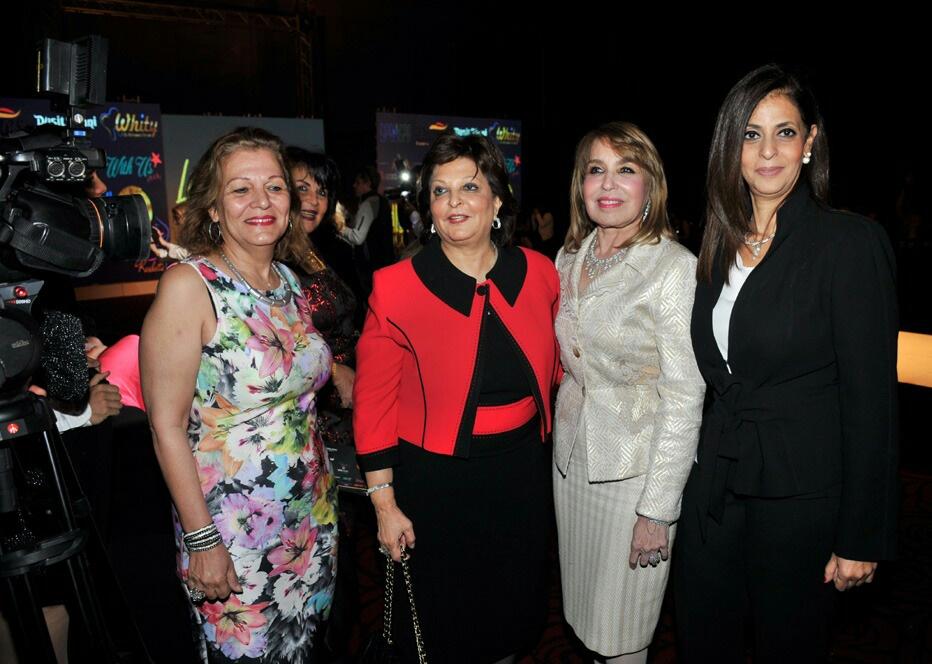 صورة تكريم السيدات سوسن الزهيري وصفاء أبو السعود ولميس جابر في القاهره