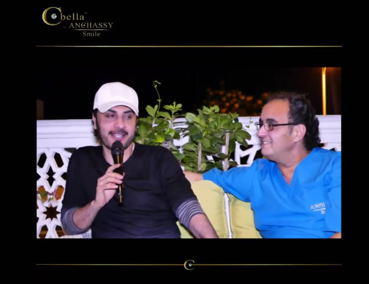 صورة برنس الغناء العربي والنجم العربي يجتمعان عند صانع ابتسامات النجوم