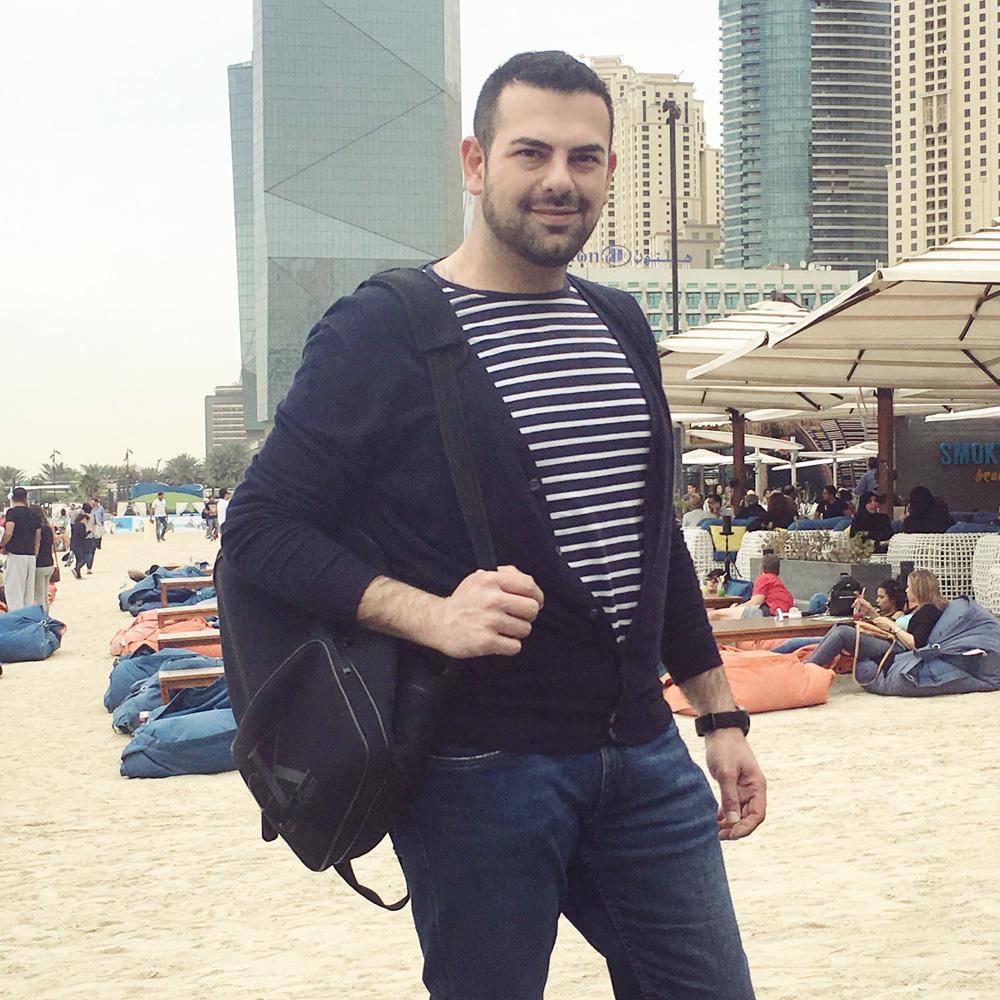 صورة احمد معز في رحلة استجمام بدبي